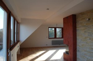 Malování pokojů v mezonovém bytě v Praze 02